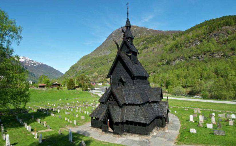 Skal norsk historie ut av skulen?