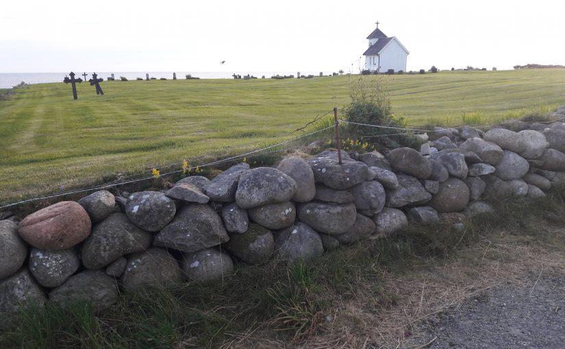 Den gamle gravplassen mot havet